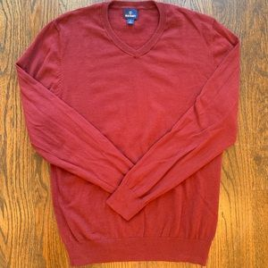 Men's Classic Ruby/Maroon V-Neck Sweater Sz. M